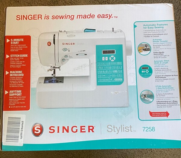 singer stylist 7258 sewing machine, box packaging